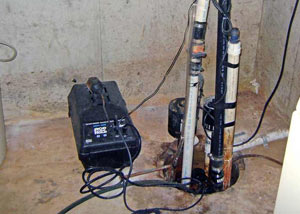 Pedestal sump pump system installed in a home in Seneca
